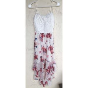 Floral High-Low Dress w. Padding. Lace & Polyester